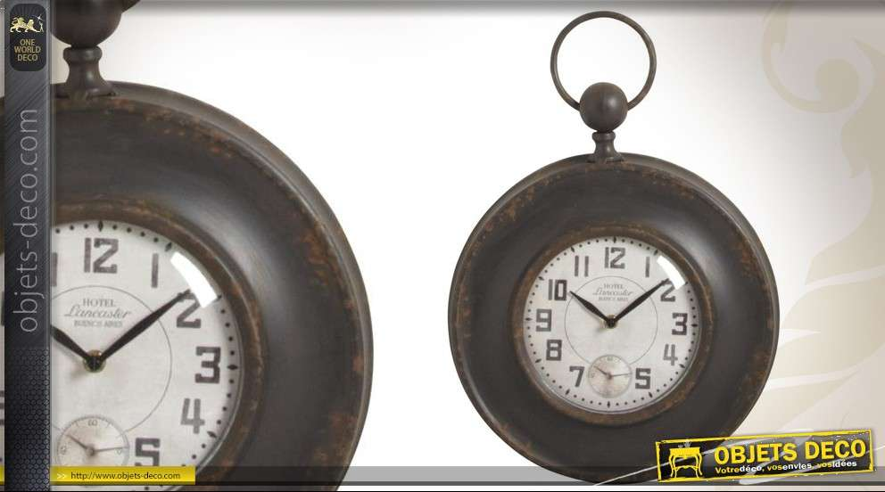 Horloge murale style brocante en métal et verre