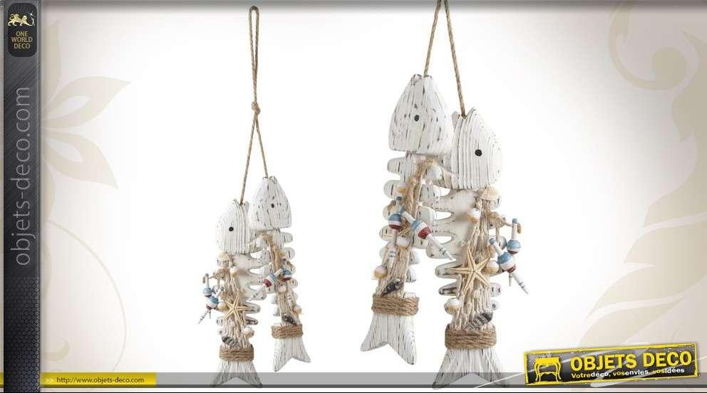 Déco mobile à suspendre arêtes de poissons en bois