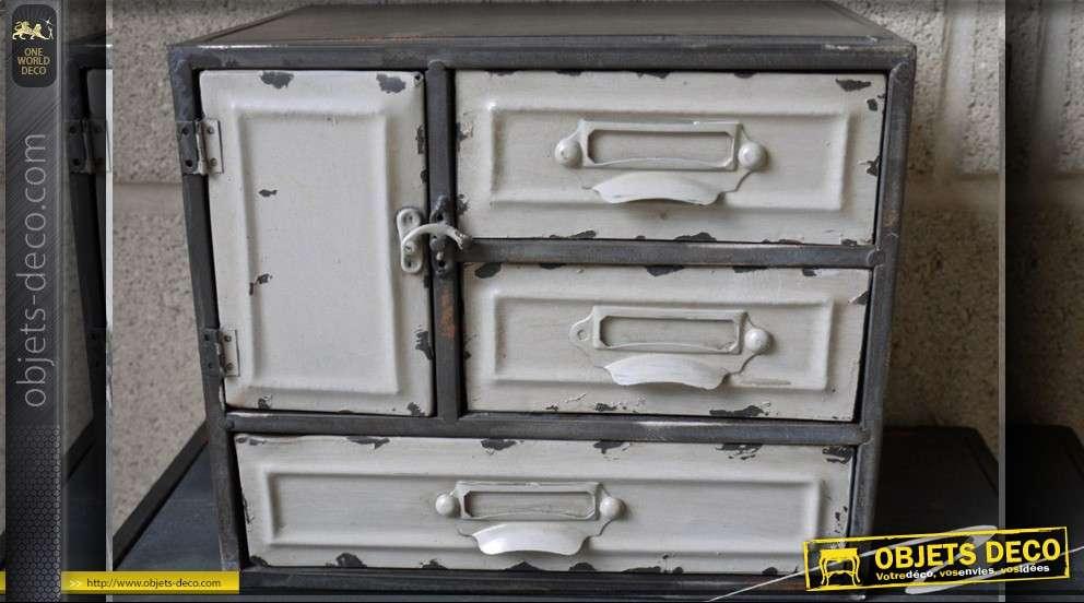Petit cabinet de rangement en m tal style r tro for Petit meuble de rangement style industriel