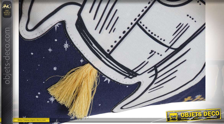 Série de deux coussins épais avec motifs d'astronautes, ambiance lunaire et chambre d'enfant, 40x40cm