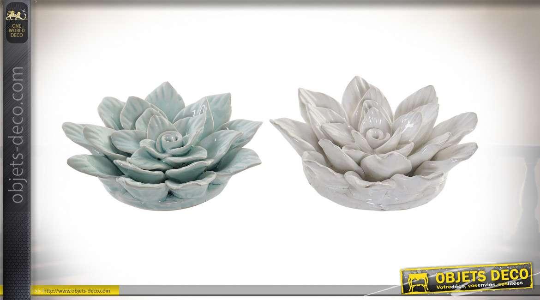 Série de deux fleurs en terracota finition blanc nacré et bleu vert ancien, décoration vintage, Ø17cm