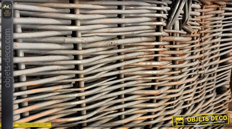 Panier à buches en osier finition gris ancien et reflets naturel, grande anse de transport, 50cm