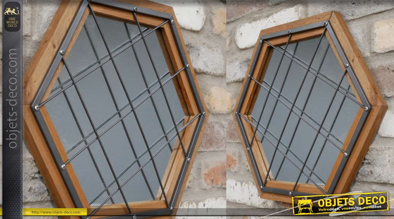 Miroir de style industriel en bois et métal, effet grillagé et forme hexagonale, rivets apparents, 43cm
