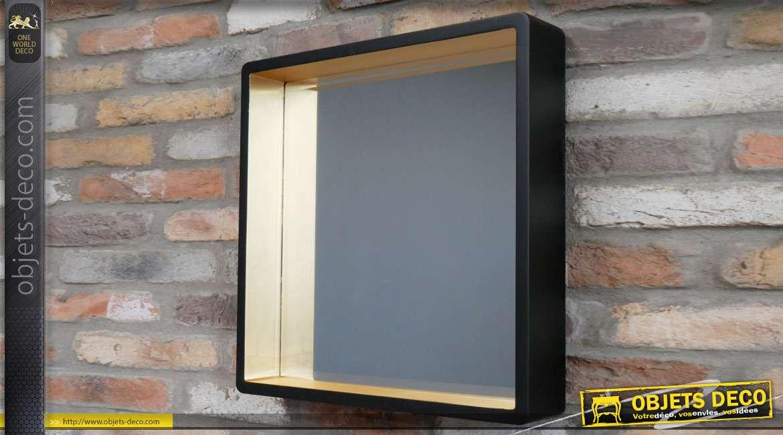 Miroir en bois de forme carrée, encadrement profond de 10cm, finition noir mat et doré, de style moderne, 53cm