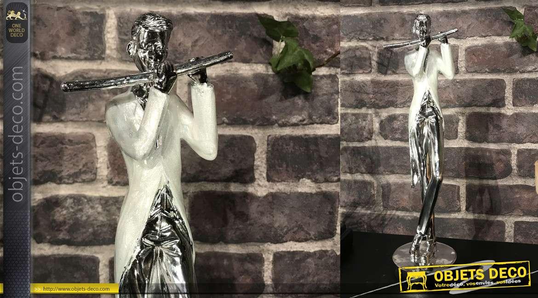 Statuette en résine finition chromé brillant, joueur de flute traversière, 35cm