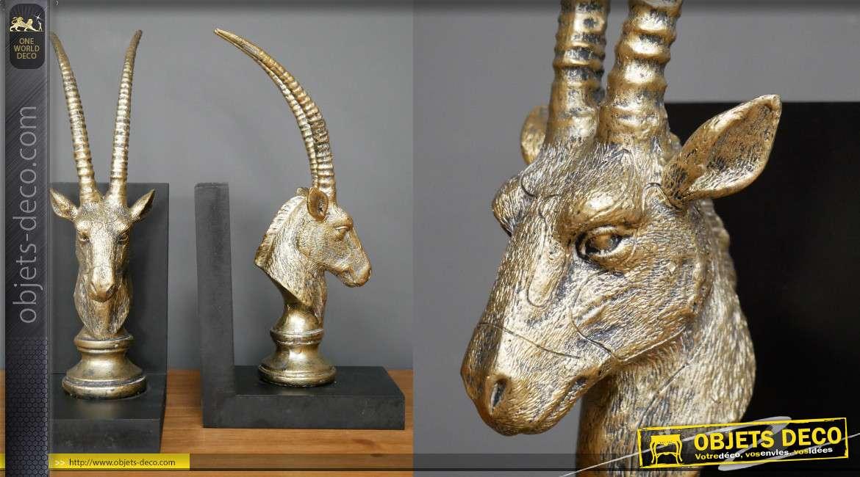 Paire de serre-livres en bois et résine, esprit trophée d'antilope version jeu de d'échecs, 31cm