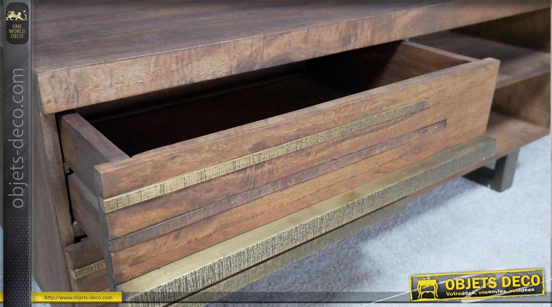Table basse en bois de manguier massif esprit Ivorien, style rétro et bandes de laiton effet brossé, 110cm
