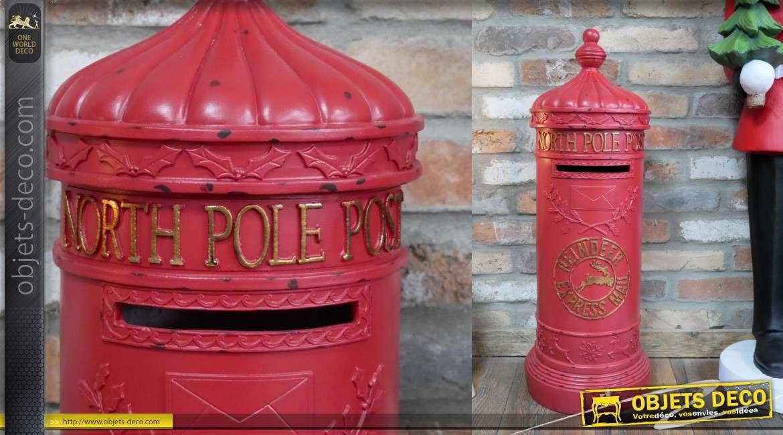 Boite aux lettres du Père Noel en résine, transport express par rennes, finition vieux rouge et éclats de peinture, 77cm