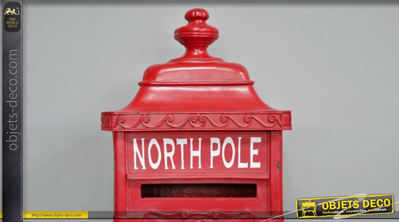 Grande boite aux lettres finition rouge londonien, forme de colonne avec inscription Pole Nord en façade, 91cm