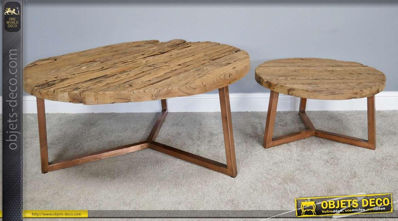 Série de deux tables basses en bois d'anciennes traverses de chemin de fer, style rustico'épuré, pieds effet cuivré, Ø100cm