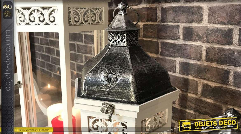Série de 3 lanternes hexagonales en bois finition blanchi et métal anthracite effet usé, 135cm