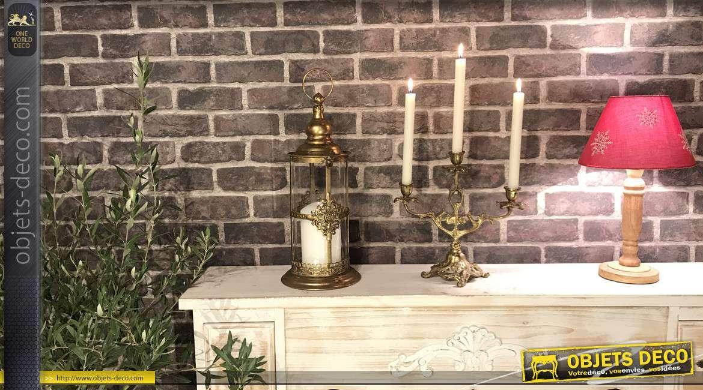 Lanterne cylindrique en métal et verre, finition doré ancien, esprit fleur de lys en façade, 41cm