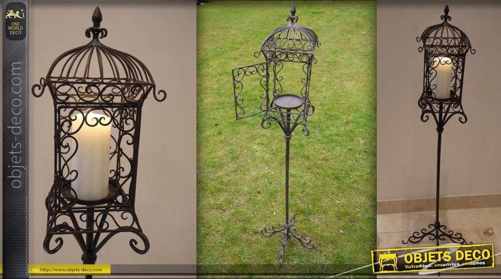 lanterne sur pied en fer forg porte bougie. Black Bedroom Furniture Sets. Home Design Ideas