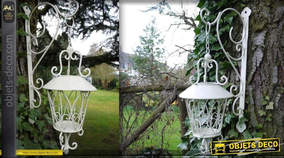 Lanterne ronde suspendue blanc antique en fer forg for Porte lanterne fer forge