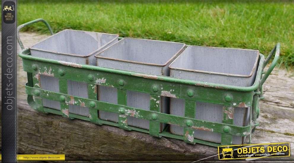 grande jardini re en m tal peinte en vert avec 3 pots en zinc. Black Bedroom Furniture Sets. Home Design Ideas
