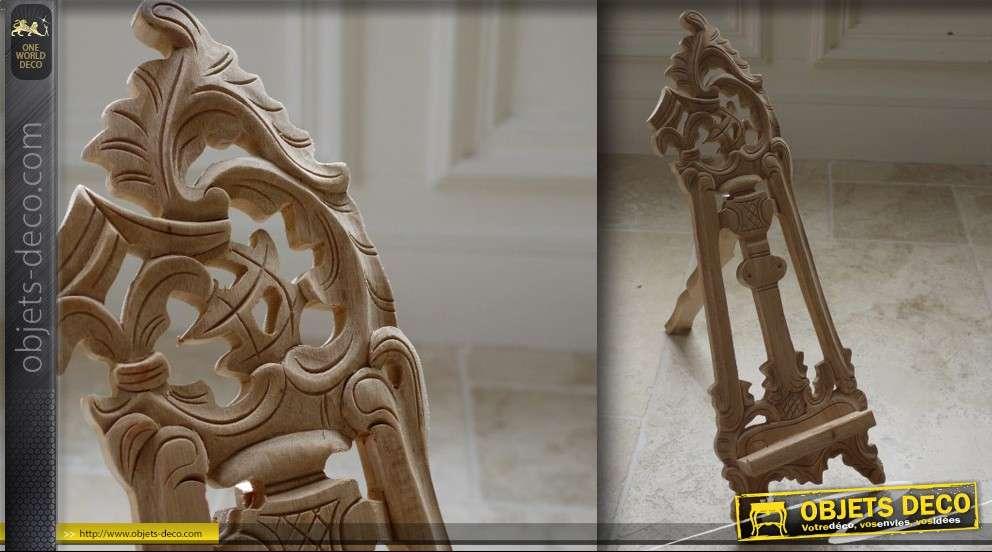 Lutrin en bois sculpté 41 x 34 cm