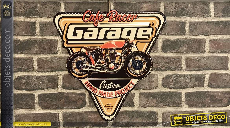 Plaque murale en métal esprit Café américain des années 60, forme triangulaire avec moto centrale, 40cm