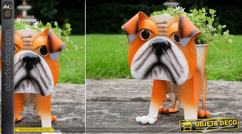 Bulldog en métal version jardinière pour plante, décoration de parcs et jardins originale et colorée, 21cm