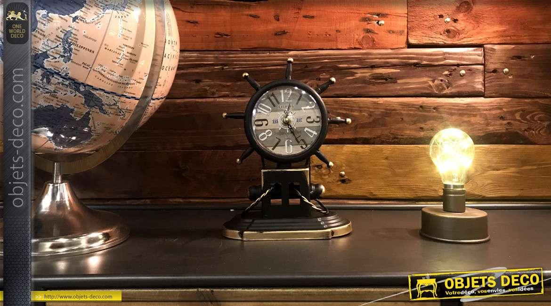 Horloge de table en métal en forme de gouvernail de voilier, ambiance marine finition bleu océan, 24cm