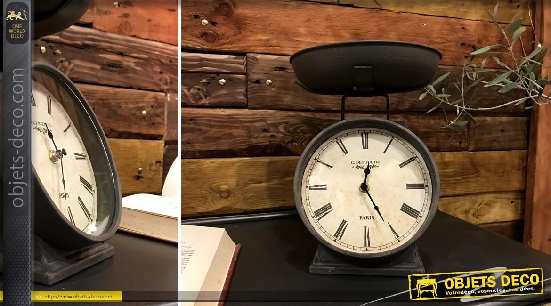 Horloge de table en forme d'ancienne balance d'épicerie, en métal finition gris vieilli, ambiance vintage 26cm