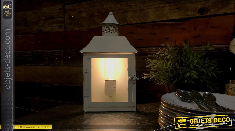 Lampe de table ou murale en métal finition crème ancien, paroies en verre, forme de lanterne, 34cm
