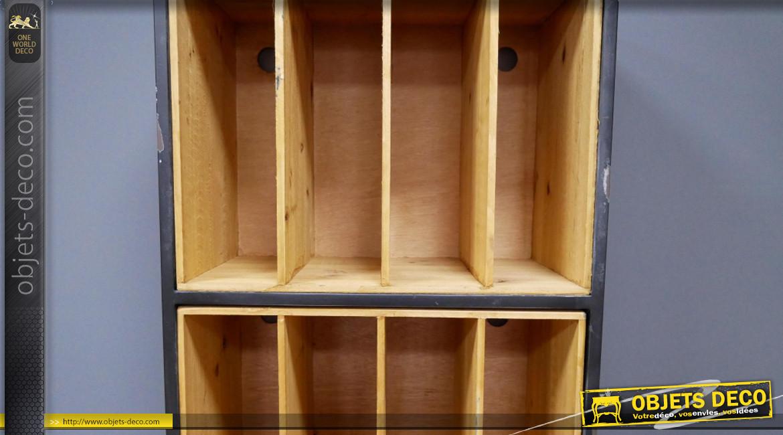 Meuble compartimenté pour vinyles, en bois et métal finition naturelle et noir charbon effet usé, ambiance rétro, 105cm