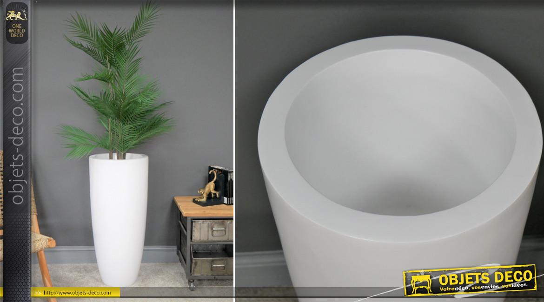 Cache pot haut en résine finition blanc éclatant, décoration épurée moderne pour ambiance linéaire, 76cm