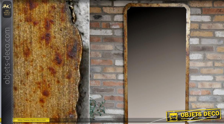 Grand miroir vertical à suspendre, finition dorée cuivrée effet oxydé, ambiance industrielle chic, 180cm