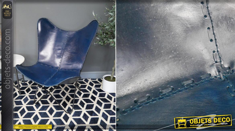 Série de 2 fauteuils papillon en cuir véritable teinté bleu cobalt finition laiton effet brossé, ambiance chic authentique, 94cm