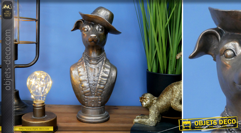 Statuette de chien chapoté en résine effet métal ancien, finition vieillie ambiance vieille maison, 31cm