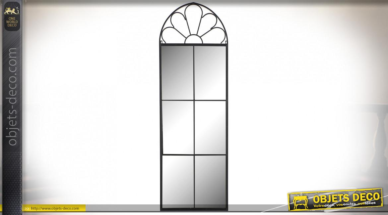 Grand miroir mural en forme de fenêtre métal finition noire, 169cm