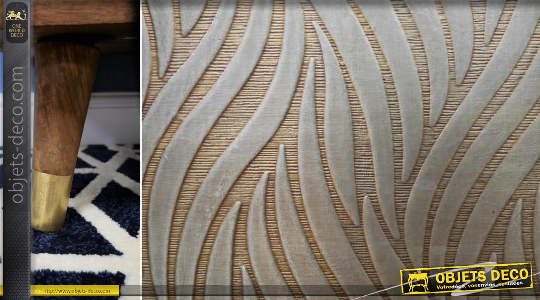 Meuble TV en bois massif et laiton, 2 compartiments habillés de zébrures en relief finition dorée brossé, 140cm