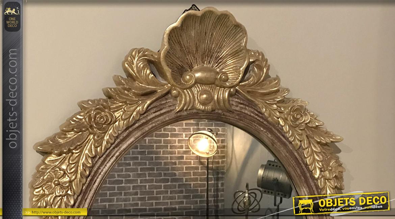 Grand miroir mural de style baroque avec coquille,  finition dorée effet ancien, ambiance chambre de princesse, 93cm