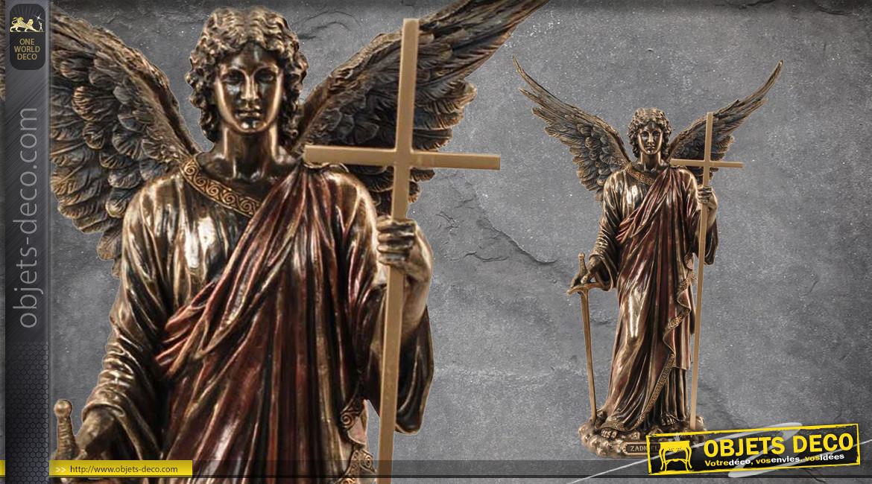 Archange Zadkiel, représentation de l'ange de la liberté et de la bienvellance, en résine finition laiton vieilli, collection Terre des Dieux, 36cm