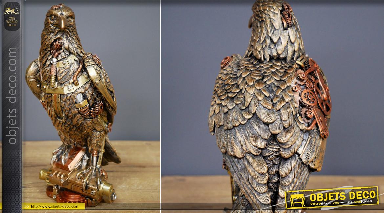 Aigle royal en version Steampunk, en résine finition dorée et cuivrée, ambiance robots et machines, 24cm