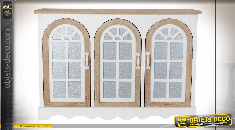 Buffet en bois de sapin finition blanche et naturelle, portes vitrées en forme de fenêtre en arcade, 120cm
