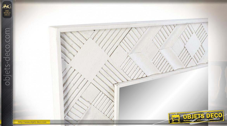 Grand miroir de style moderne en bois de manguier finition blanche, 154cm