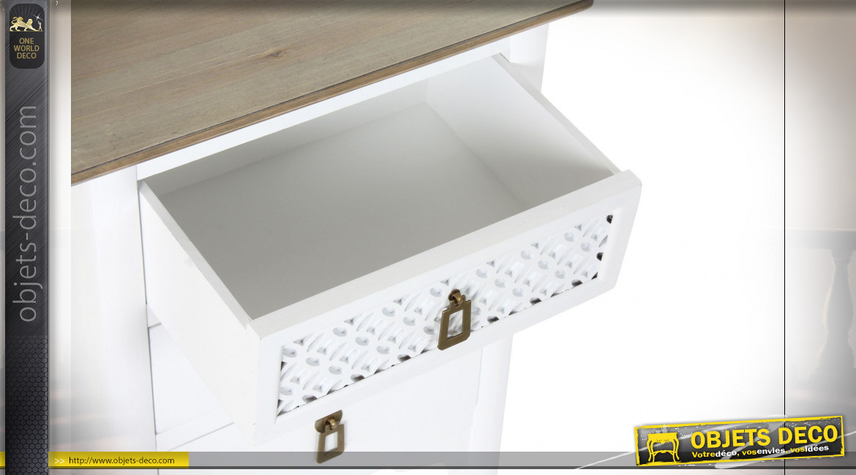 Table de chevet 3 tiroirs en bois de sapin finition blanche ambiance orientale, 66cm