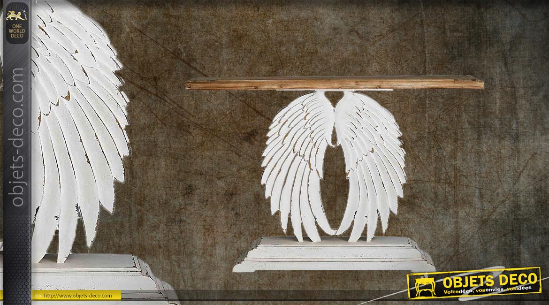 Console en bois sculpté, pied en ailes d'ange finition blanc décapé et plateau en sapin massif, 150cm