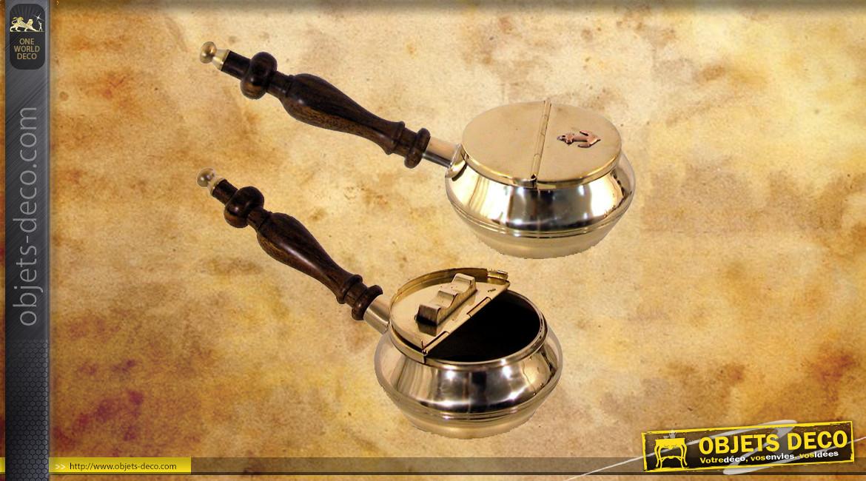 Cendrier de table en bois de manguier massif et laiton doré, avec porte cigarette, forme d'ancienne pipe, 18cm