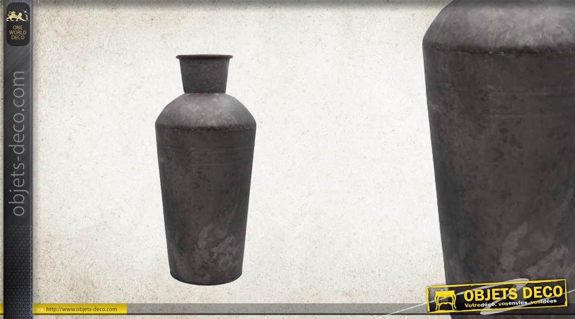 Jardinière vase en métal type zinc oxydé en forme d'ancien bidon à lait, 53cm