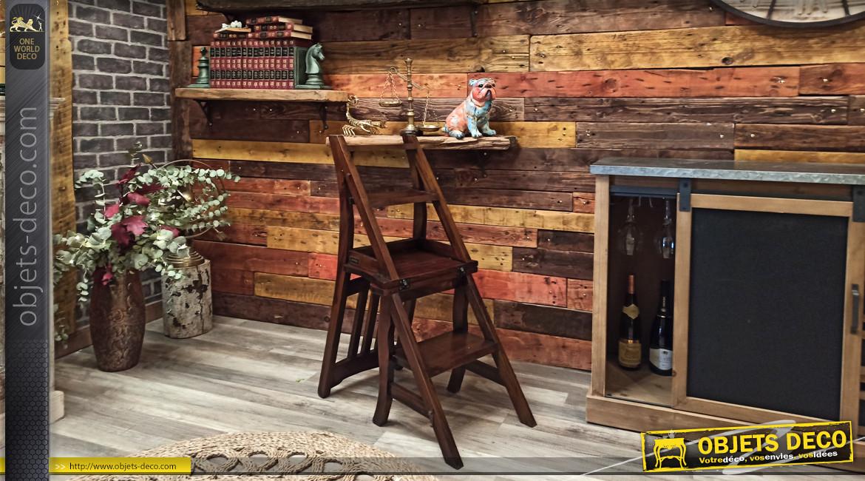 Chaise-escabeau en bois d'acajou finition brou de noix ambiance campagne chic, 90cm