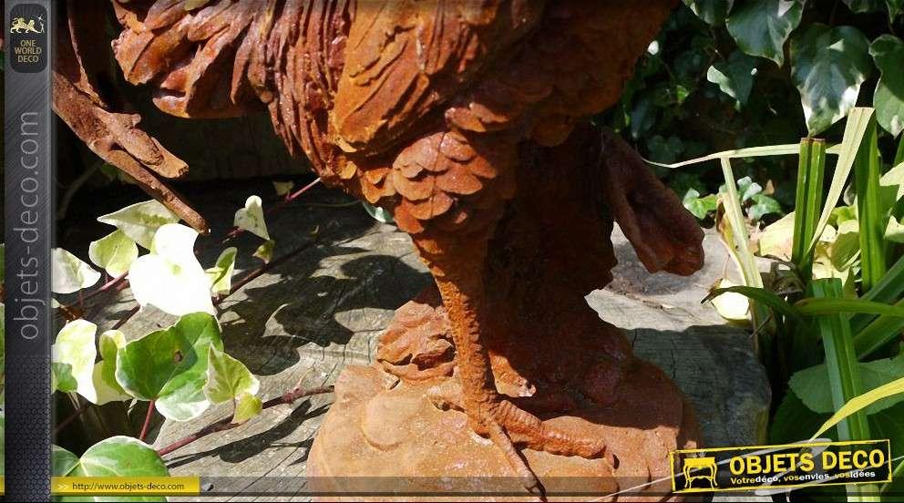 Statuette de coq sur socle finition métal oxydé
