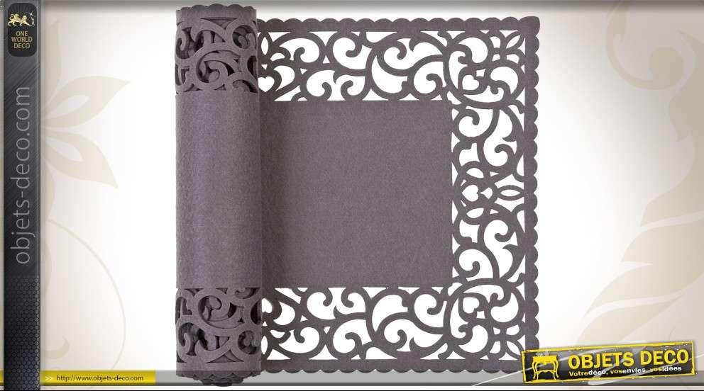 chemin de table gris ardoise motifs ajour s. Black Bedroom Furniture Sets. Home Design Ideas