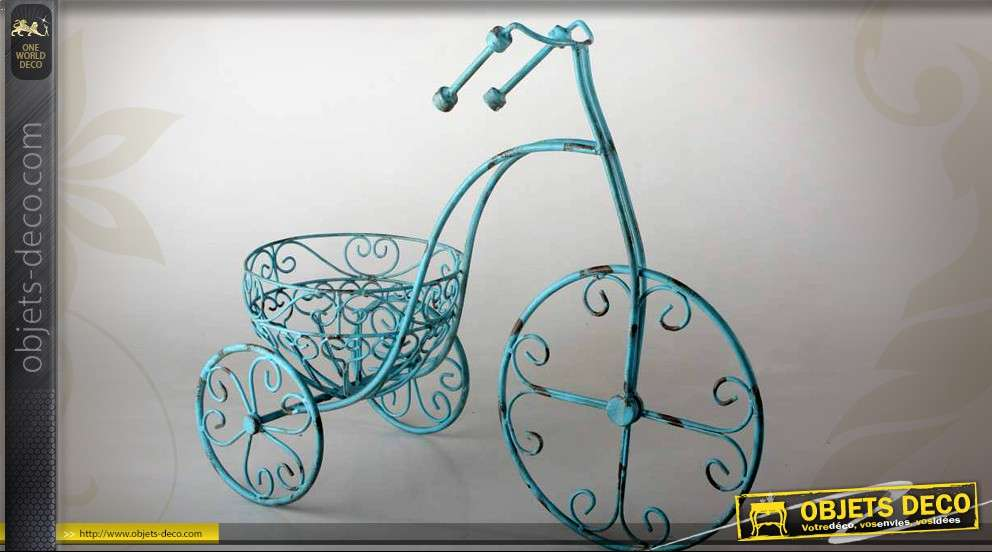 grand tricycle porte plantes style r tro turquoise antique. Black Bedroom Furniture Sets. Home Design Ideas