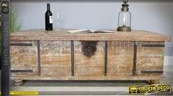 Table basse en forme d'ancien grand coffre en bois et métal 133 cm