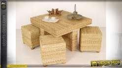 Table basse carrée en rotin naturel accompagnée de ses quatre poufs assortis