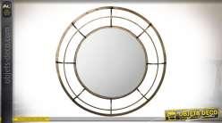 Grand miroir décoratif circulaire en laiton doré vieilli Ø 90 cm