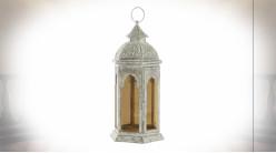 Lanterne hexagonale de style oriental en métal blanc et gris vieilli effet moucharabieh 38 cm