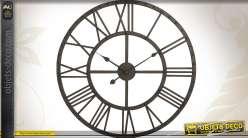 Grande horloge murale style indus finition métal antique Ø 70 cm
